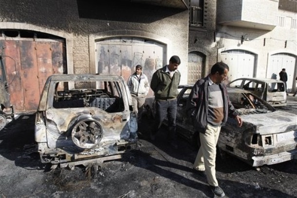 car-torched-dec-19-2011-3